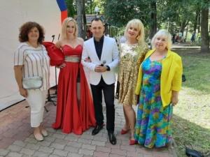 6 сентября творческие коллективы Введенского Дома культуры «Огонек» приняли участие в праздничной программе, посвященной 868-летию Звенигорода;